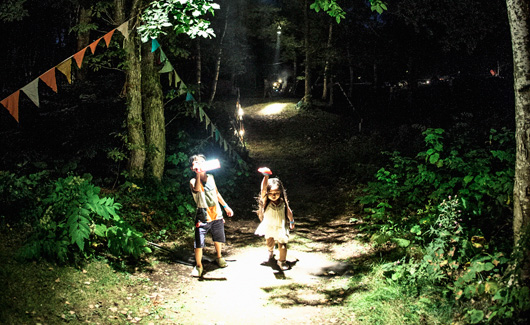 Columbia Village<br />Night Hiking -ナイトハイキング-
